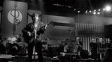 ロイ・オービソン唯一のライヴ作品『Black And Night』30周年を機に、ミステリアスなロックンロールの表現者を振り返る