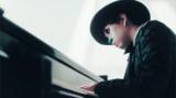 "H ZETT Mがアルバム『共鳴する音楽』より""ランドスケープ""のMVを公開、〈ピアノ独演会〉初の東北公演も"