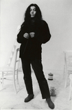 オノ・ヨーコはいつの時代も自分の表現を貫く―60年代から作品やパフォーマンスを通して伝えてきたメッセージの背景