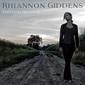 リアノン・ギデンズ 『Freedom Highway』 怒りや悲しみ、希望と勇気が混在した歌声を簡素なアメリカーナ・サウンドで響かす2作目