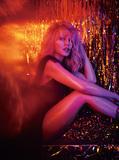 新作『Golden』でカントリーEDMを纏ったカイリー・ミノーグ。常に流行の音とダンスしてきた彼女の軌跡を振り返ろう