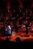 玉置浩二の声にオーケストラが寄り添う静謐なひととき~好評の〈プレミアム・シンフォニック・コンサート〉をレポート