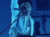 MIYAVI、日本含む世界各国を回った最新ツアーのドキュメンタリー&ライヴDVDを9月に発表、予告編も公開