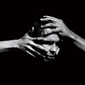 ヨンシー(Jónsi)『Shiver』シガー・ロスのフロントマンが10年ぶりに放つ映画のように感動的な一枚