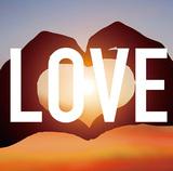 □□□ 『LOVE』 いとうせいこうがモノローグ紡ぐオールディーズ調のサマー・チューンなど、フレッシュでチャーミングなポップソング集