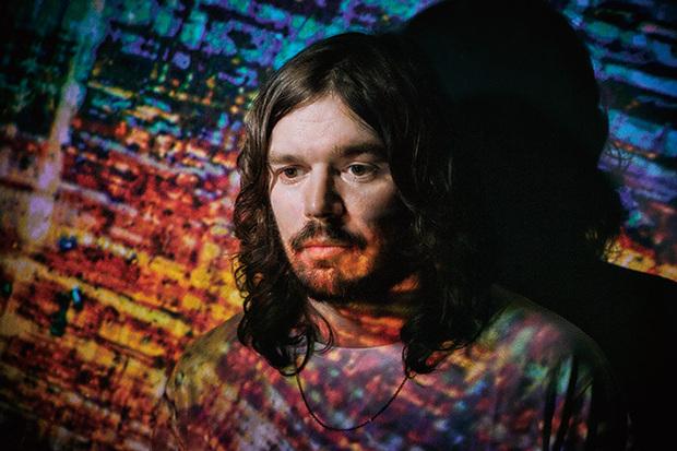 ビビオ、ソング・オリエンテッドで明快にソウル/ファンクの影響映したゴティエら参加の3年ぶり新作『A Mineral Love』