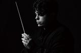 アンドレア・バッティストーニ(Andrea Battistoni)『ベルリオーズ:幻想交響曲、黛敏郎:舞楽』古典を丹念に読み込み、新たな感覚を加える