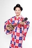 長嶺ルーシー『ウチナー・ラヴソング』 6人の女性唄者がうたうそれぞれのラヴソング