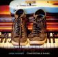 ジェイミー・ホスマー(Jamie Hosmer)『Comfortable Shoes』タイムレスな魅力のアーバン・ポップが満載の初ソロ
