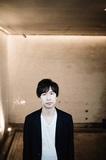 rabbitooのピアニスト・佐藤浩一が、ピート・レンデも迎えた変則セクステットによる新作『Melancholy of a Journey』を語る