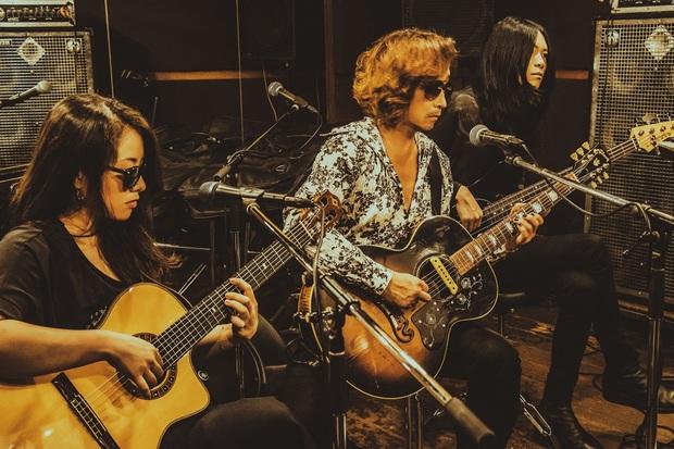 浅井健一 & THE INTERCHANGE KILLSがビルボードライブに登場 アコースティック&エレクトリック・ライブで魅せる特別な一夜