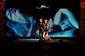 川端康成原作オペラ〈眠れる美女〉が本邦初演、愛を介在しない男の純粋性欲描いた現代のデカダンスをどう感応/官能させる?