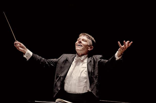 名指揮者マリス・ヤンソンスがコンセルトヘボウ管弦楽団と淀みのない華麗なブルックナー像を打ち立てたライヴ盤