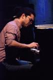 キューバ発越境系ピアニストのファビアン・アルマザンが語るジャズとの出会いと可能性