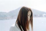 Uru『remember』 新章を開いた奇蹟のシンガーが語る、「劇場版 夏目友人帳 〜うつせみに結ぶ〜」主題歌に重ねた思い