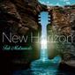 Tak Matsumoto 『New Horizon』――ジャズ~フュージョンを基調に、円熟のギター・プレイを聴かせるインスト作