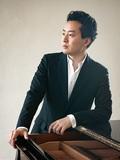 鈴木隆太郎『CE QU'A VU LE VENT D'EST(東風の見たもの)』若きピアノの名手が語る、フランスでの見聞と成果を伝えた新作