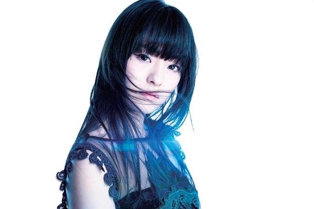 ASCA 『KOE』 アニソングランプリ・ファイナリスト、熱情立ち昇る歌声と存在感でメジャー・デビュー