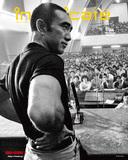 三島由紀夫が表紙、大友直人や小曽根真を特集したタワレコのフリーマガジン〈intoxicate〉144号配布中