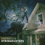 ブルーグラス・バンドのインフェイマス・ストリングダスターズの新作は、ジョス・ストーンやアメリカーナ系注目株招いたシックで落ち着いた魅力放つ一枚