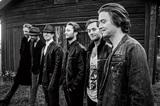 スウェーデン発6人組シンフォニック楽団ムーン・サファリ、伊プログレ・バンドのバロック・プロジェクトとの来日公演を開催