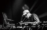 DJ KRUSH『軌跡』 たった一人で世界へ飛び出して25年、現役のレジェンドが初の日本語ラップ・アルバムに挑んだ理由とは?