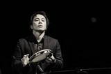 【〈越境〉するプレイヤーたち】第4回:小川慶太 スナーキー・パピーやバンダ・マグダ、原田知世と共演するパーカッショニストに迫る