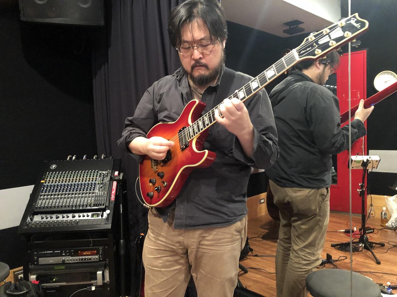 ギタリスト平井庸一の新作『The Hornet』がリリース 花咲政之輔や山田光らと変拍子・即興演奏・ヴォーカルの融合に挑戦