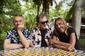 アンダーワールド×イギー・ポップがコラボ作『Teatime Dub Encounters』をリリース! 「トレインスポッティング」が結んだ絆