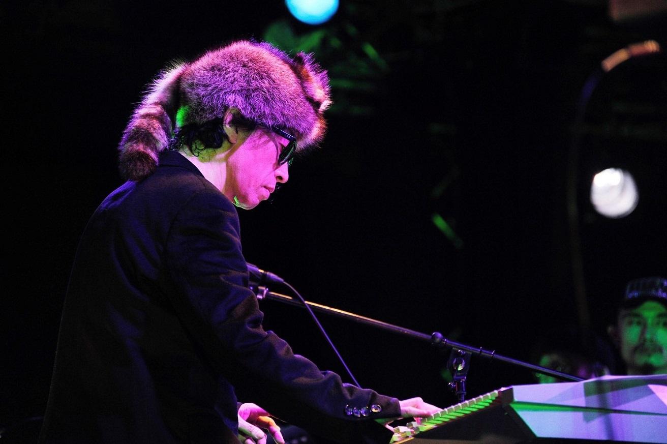 DC/PRG、解散。菊地成孔が声明発表、ラスト・ツアー東京公演ではMELRAWが〈新メンバー〉に
