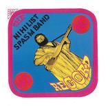 結成50年超! 世界最長&最強のインプロ集団、ニヒリスト・スパズム・バンドがノイズや即興の原点たる手製楽器など用いた68年の初作が再登場
