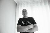 エイドリアン・シャーウッド(Adrian Sherwood)来日記念インタビュー「ダブの精神はLess Is More」