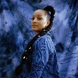 ヌバイア・ガルシア(Nubya Garcia)『SOURCE』現行UKジャズの才能が表現した幅広いルーツとの深い繋がり