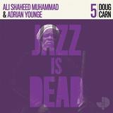 エイドリアン・ヤング&アリ・シャヒード・ムハマド(Adrian Younge & Ali Shaheed Muhammad)『Doug Carn』ダグ・カーンとミッドナイト・アワー、魅惑のコラボ