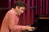 キューバ人ピアニストのアロルド・ロペス・ヌッサ、ワールド度数高めなジャズ鳴らした新作『El Viaje』の背景を語る
