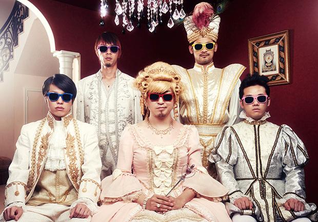 自称イケメンバンドの5人組、ザ・チャレンジが〈アミューズメント・パーク×ロック〉にチャレンジした初アルバムを語る
