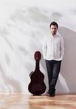 ギタリスト・大萩康司が想い出の地へのオマージュ込め、初めて全編フランス音楽に取り組んだ新作〈天の三羽の鳥〉を語る
