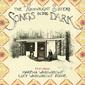 ウェインライト・シスターズ 『Songs In The Dark』 父ラウドンの曲も含め夢想的なフォーキー・チューン並ぶ初作