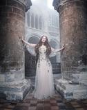 サラ・ブライトマン『HYMN~永遠の讃歌』 テーマは原点回帰 さまざまな経験を経て届けられる〈シンプルに美しいもの〉
