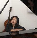 小橋敦子『Virgo』 オランダ在住のジャズ・ピアニスト、原点に立ち戻ったシンプルでピュアな新作
