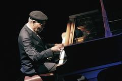 マッコイ・タイナー(McCoy Tyner)を坪口昌恭が追悼――ピアノの表現力を自由自在に引き出したジャズマンに思いを馳せて