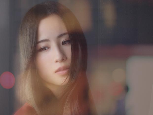Uru『振り子/Break』揺るぎない歌声で苦しみの先に灯る光を描いた両A面のニュー・シングルを語る