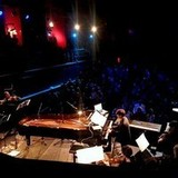 クラシック~テクノを横断するピアニスト、フランチェスコ・トリスターノがドイツ室内管弦楽団との最新ライヴ音源公開