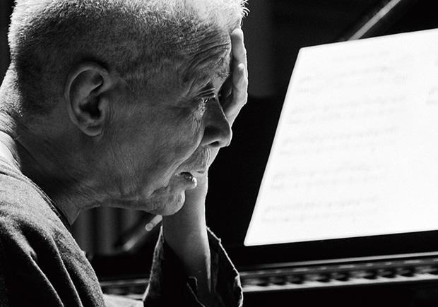 高橋悠治『エリック・サティ : 新・ピアノ作品集 』 未完の作曲家サティにふさわしい進行中の記録にとどめておきたい~エリック・サティの定番曲を新録音!
