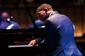 クリスチャン・サンズ、脚本を書くように曲をつくる気鋭のジャズ・ピアニスト