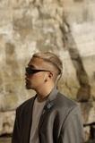 kZm『DIMENSION』 YENTOWNの最年少ラッパーが次元の違いを見せつけた待望のファースト・アルバム!