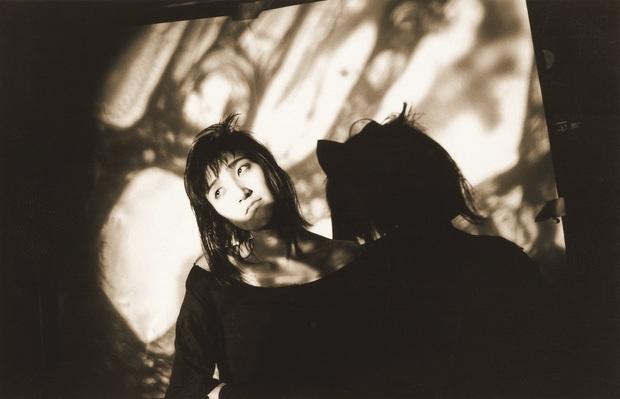 黒色エレジー、27年ぶりの作品『Kokushoku Elegy』がリリース 80sダークウェイヴの伝説的バンド