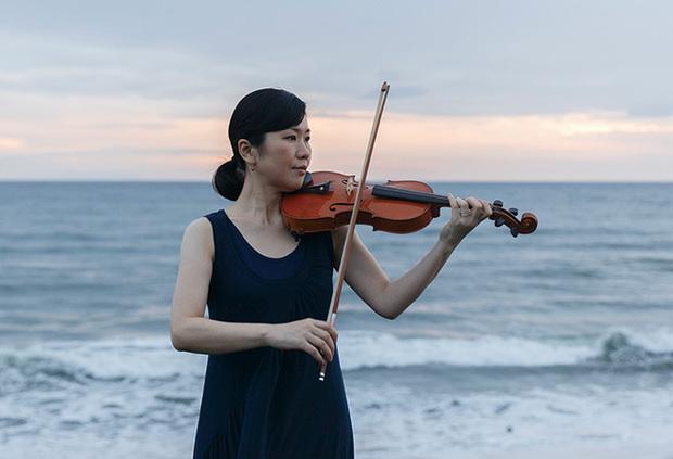 コーコーヤのヴァイオリニスト・江藤有希、初ソロ作『hue』はジャンルから解き放たれた優美なインストゥルメンタル音楽