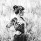 スミエ 『Lost In Light』 リトル・ドラゴンのユキミを姉に持つSSWの新作は、管弦用いたアンサンブルも聴きどころ