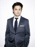 映画やTVドラマでも活躍する元劇団四季のスター、石丸幹二が語るデビュー25周年記念アルバム『My Musical Life』
